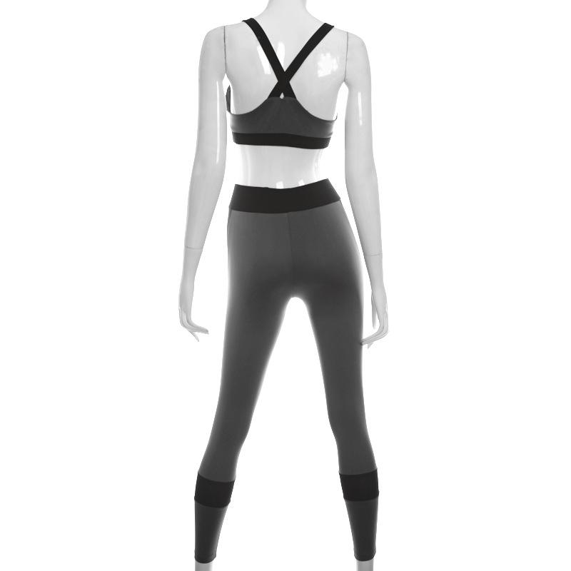 Power Stripe Bra & Leggings - MondayBloom.com