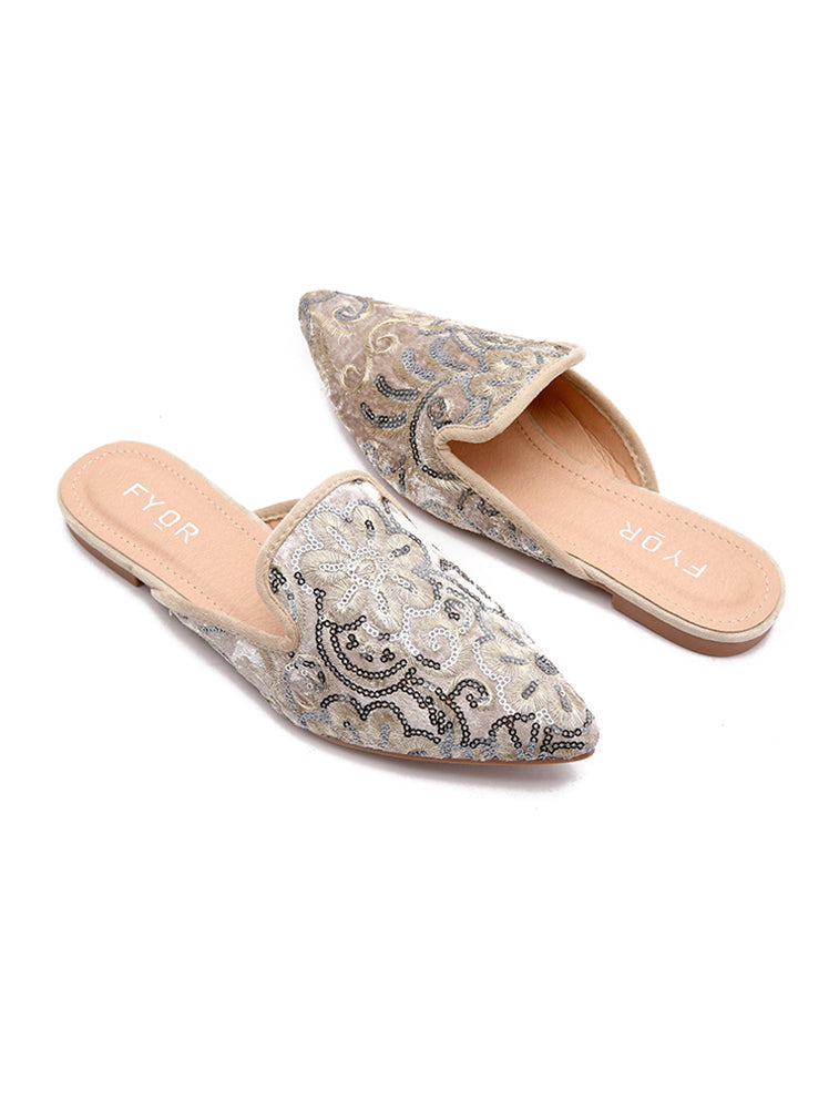Traditional Pointed Sequined Beige Flats