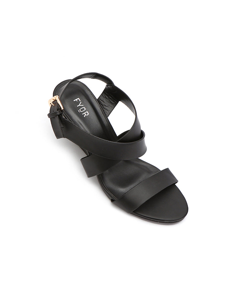 Fyor Strap On  Buckle Black Wedge