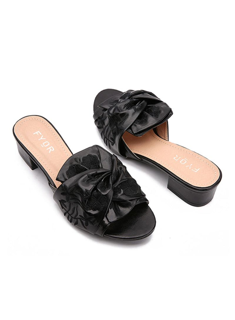 Embroidered Bow Heeled Sandals Black