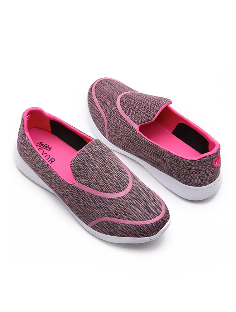 Flexible Pink Sports Shoes