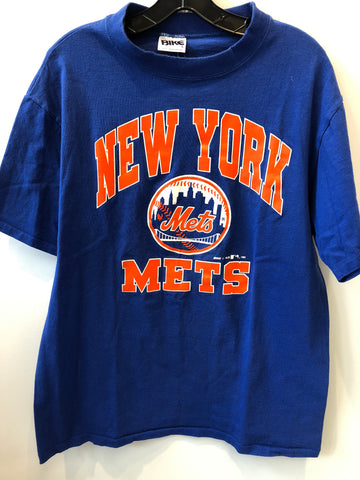 Vintage NY Mets logo T-Shirt, fits like Medium MADE IN USA.