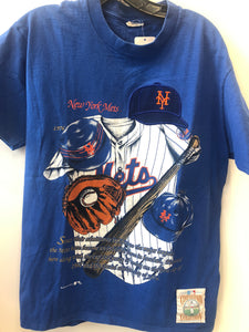 Vintage NY Mets logo T-Shirt with stitched logo. Size M. Cooperstown Collection.