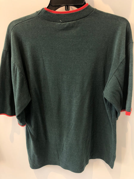 Canada Wilderness Green T Shirt w/ red neck and sleeves Small/Medium