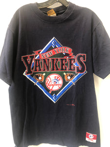 Vintage NY Yankees T-Shirt made by Nutmeg. Fits like a Small or Medium. Made in USA