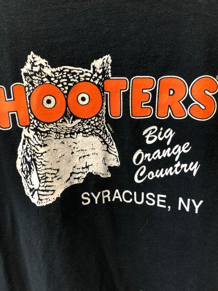 Vintage Black Hooters Syracuse, NY T Shirt