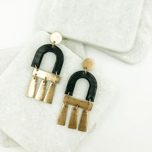 Load image into Gallery viewer, Black Arch Earrings
