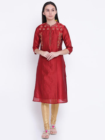 Rangriti Women Maroon Embroidered Straight Kurta