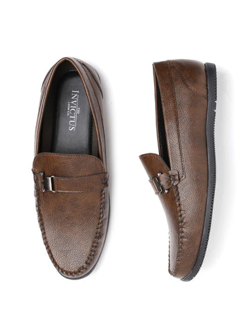 INVICTUS Men Brown Leather Loafers