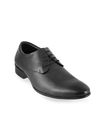Metro Men Black Textured Leather Derbys