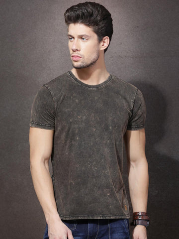 Roadster Men Brown Solid Round Neck T-Shirt