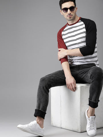 HERE&NOW Men White & Black Striped Round Neck T-shirt
