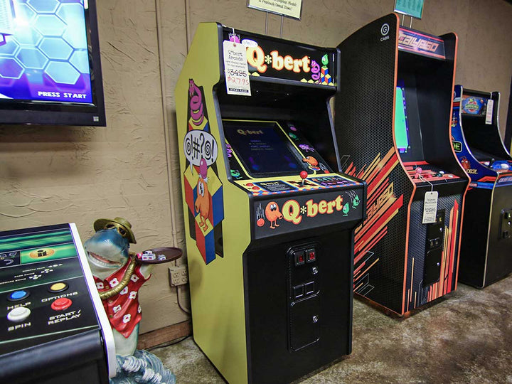 Q*bert Arcade - Display Model
