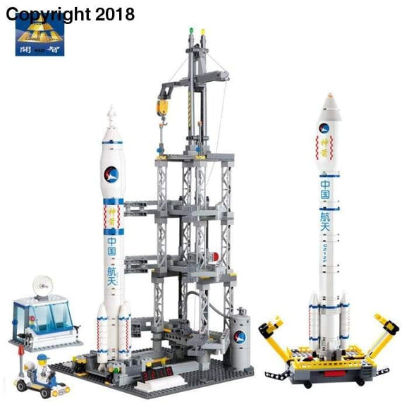 KAZI Models Building toy Compatible with Lego K83001 822pcs Rocket Station Blocks Toys Hobbies For Boys Girls Building Kits - future-rockets