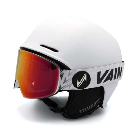 one-size-fits-all ski goggle with helmet