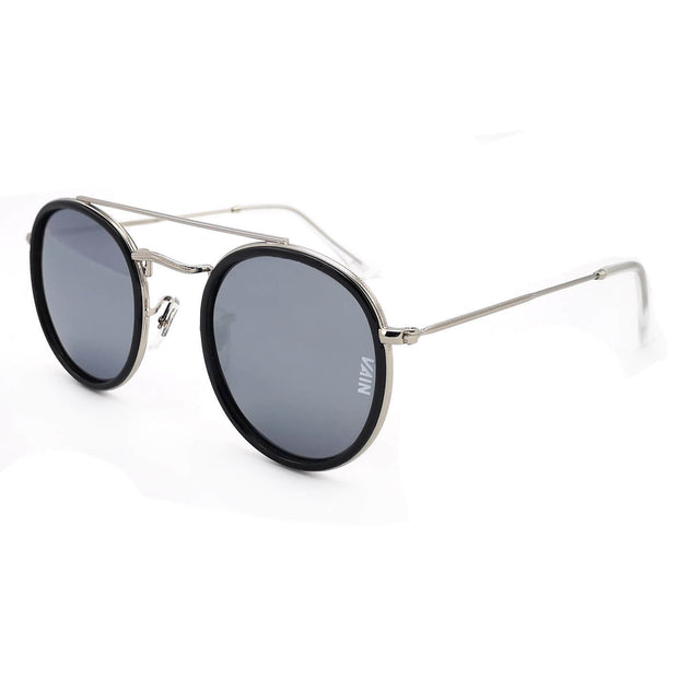 round sunglasses with silver mirror lenses