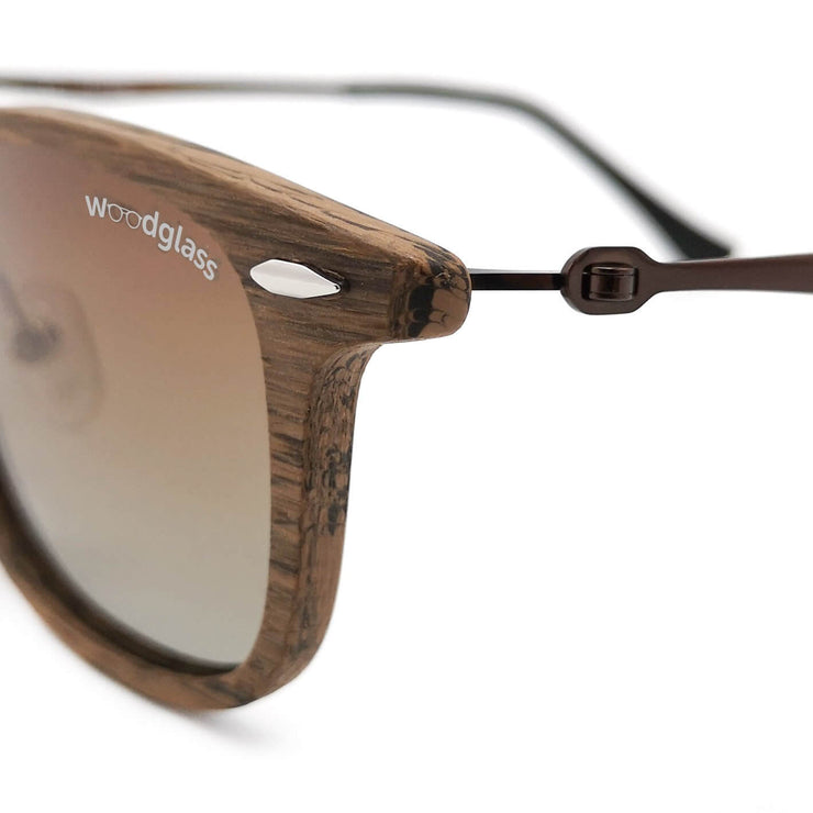 Lewa wooden immitation sunglasses with wood look, Woodglass Cherry Charcoal log square style sunglasses with gradient brown lens CE3 UV400 wood grain close-up