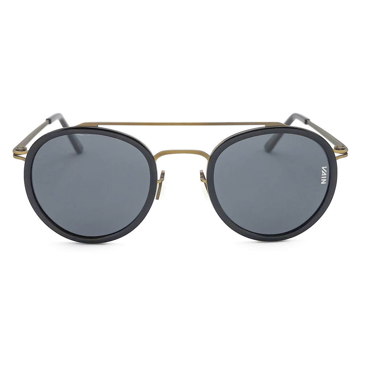 Dark mirror aviator sunglasses