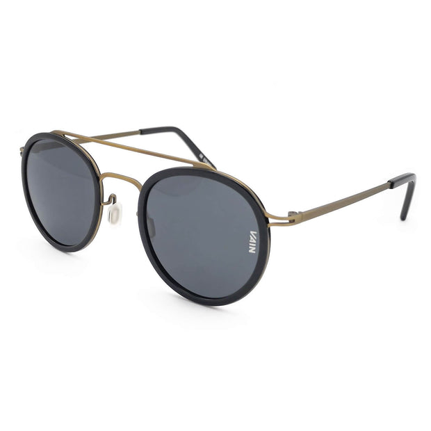 Black mirror aviator sunglasses