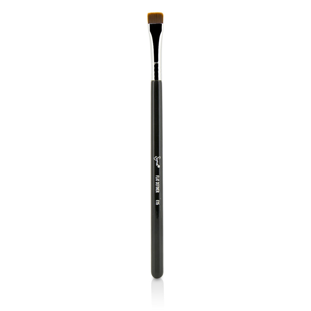 Load image into Gallery viewer, E15 Flat Definer Brush 217034