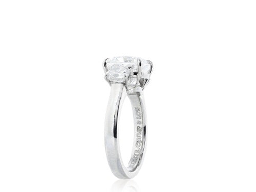 Plat GIA 4.02ct G/VS2 Cushion Cut Diamond Ring