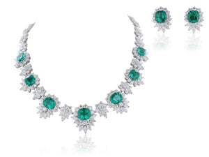 Rare 18 kt wg Colombian Emerald 38 carats and diamond 60.50 carats total weight necklace