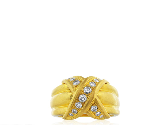18kt YG Criss Cross Diamond Ring