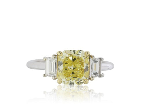 Canary Diamond 1.74 ct FIY SI2 ring