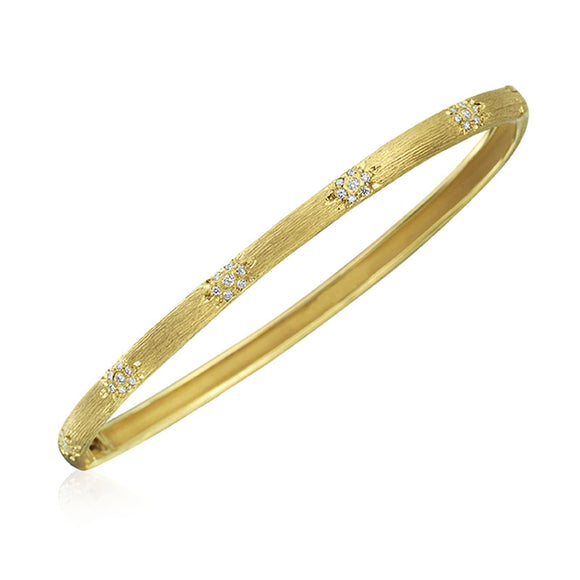 18 Karat Yellow Gold Diamond Bangle Florintine Finish