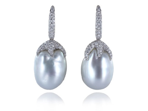 18 kt 14.5mm Baroque South Sea Pearl Drop Earrings
