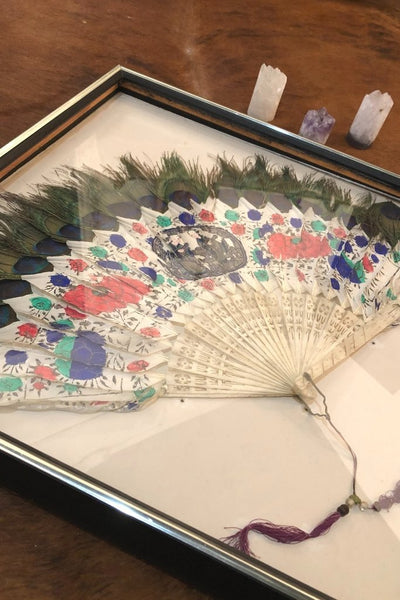 VINTAGE ASIAN PEACOCK FEATHER FAN Gypsy Jule