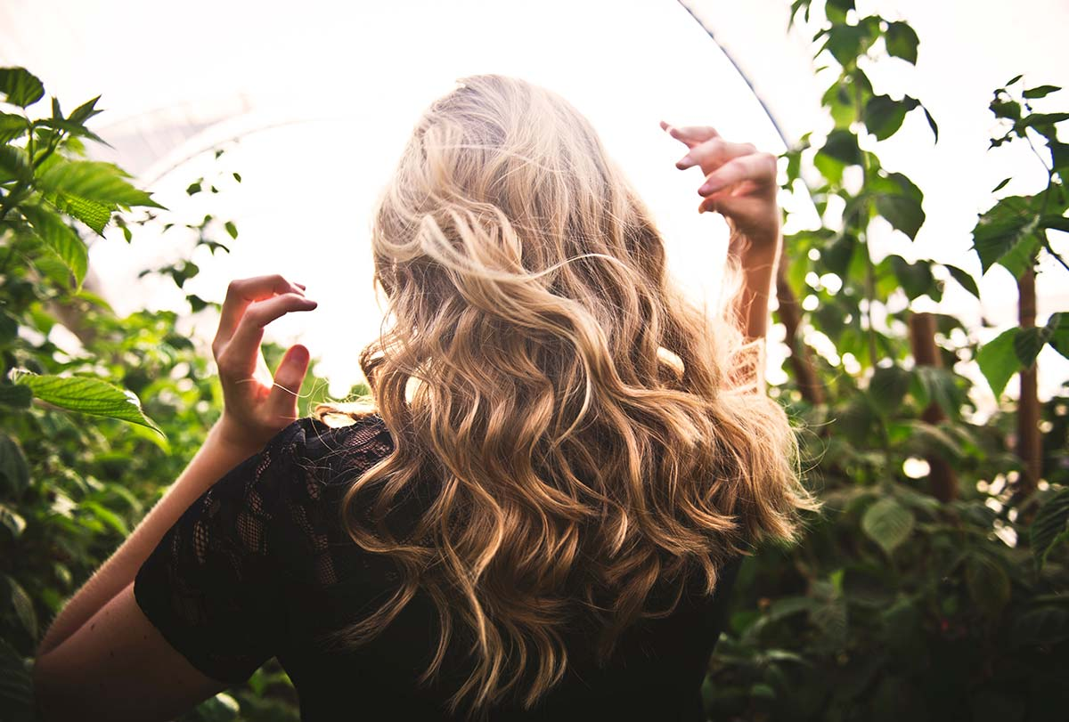 Stronger glowing hair with a simple balanced diet