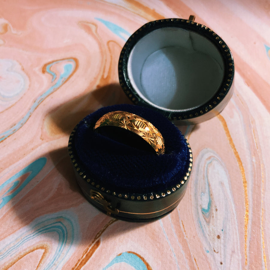 Vintage gold plated engraved ring