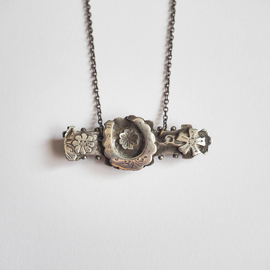 lucky horse shoe Victorian sterling silver victorian Necklace