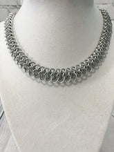 Load image into Gallery viewer, Chain Maille Necklace