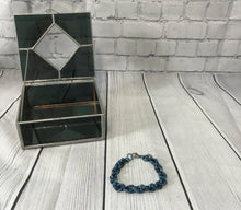 Load image into Gallery viewer, Blue Chainmaille Bracelet