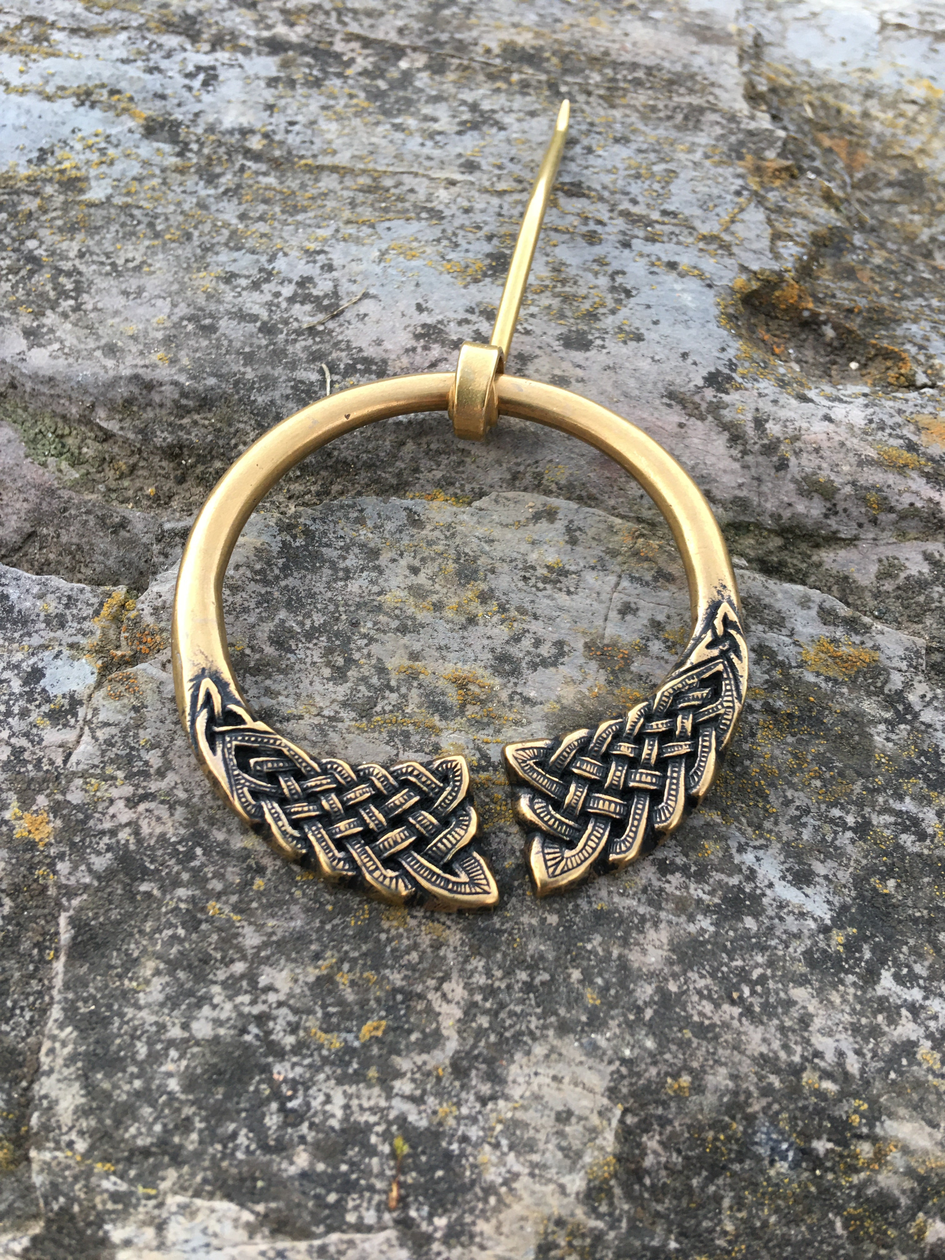 Celtic Knotwork Shawl Pin~double knots