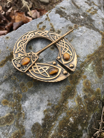 Celtic Knotwork Tiger Eye Penannular Shawl Pin
