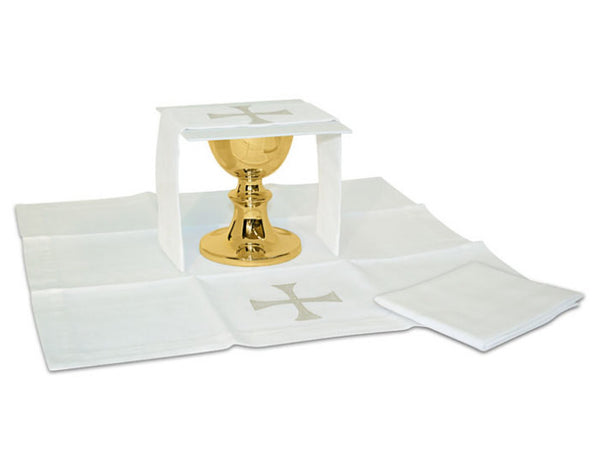 Maltese Cross Decorative Mass Linen Set