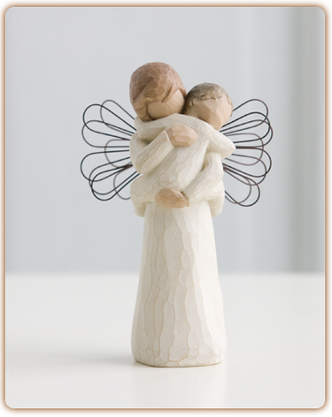 Angel's Embrace - Willow Tree Figurine
