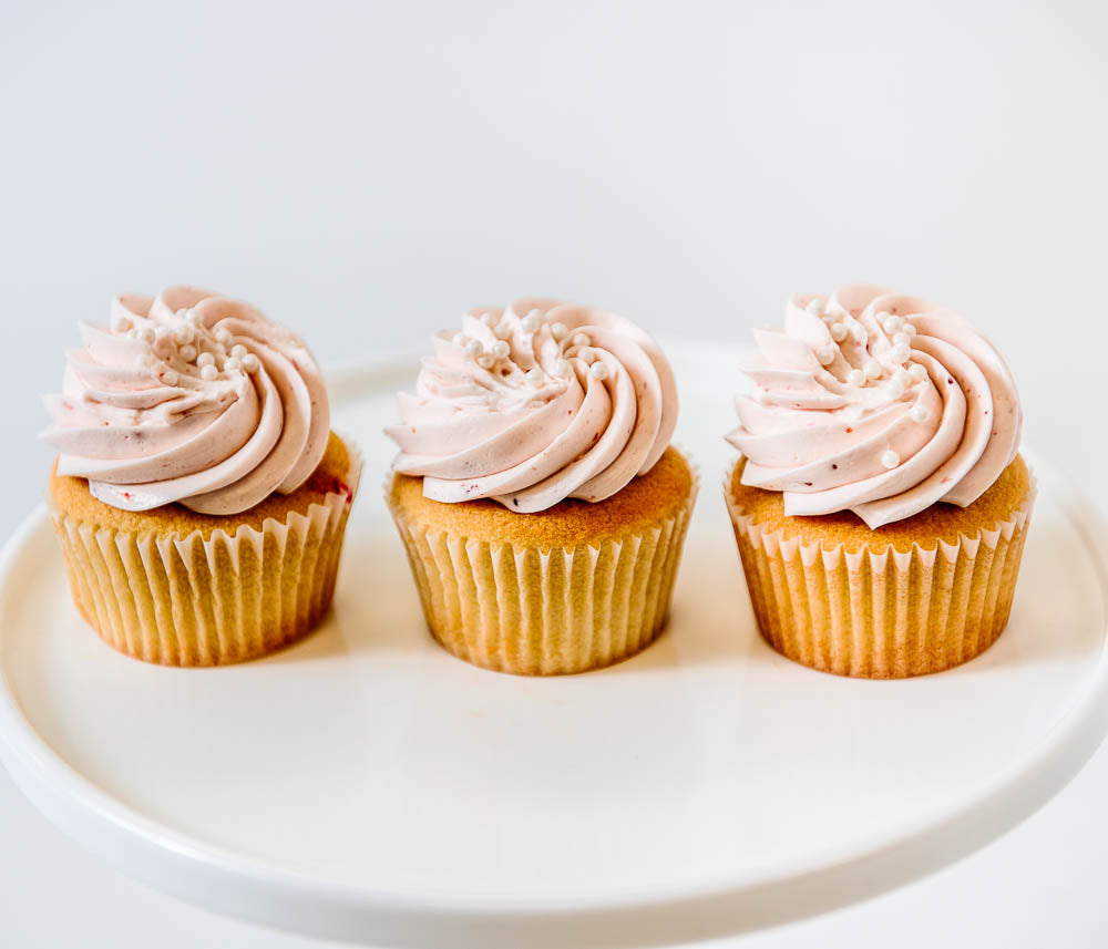 Cocoa and Fig Strawberry Champagne Cupcake