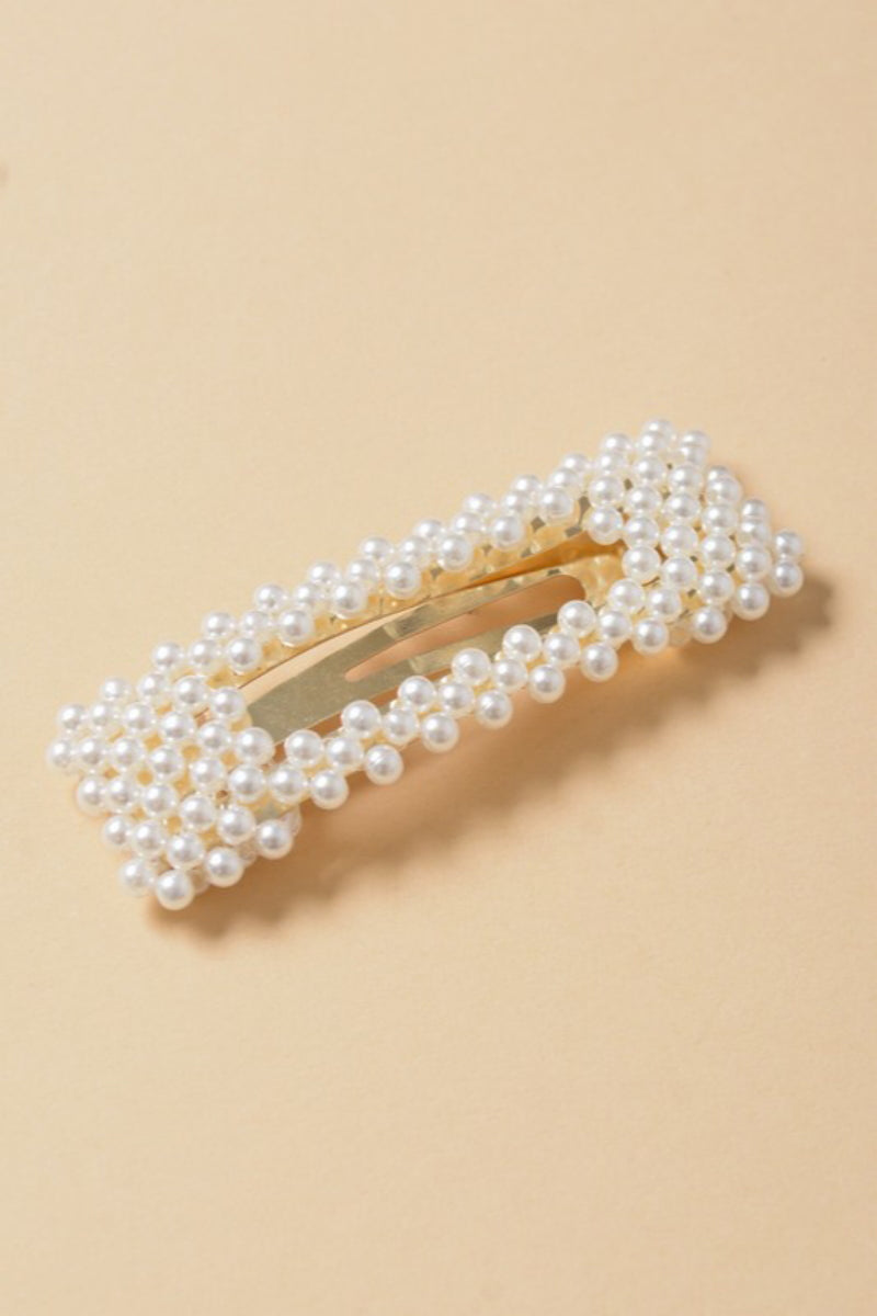 Oversize Bar Pearl Cluster Snap Clip