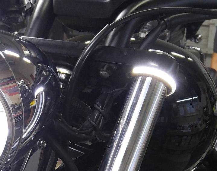 Fork Mount LED Turn Signals ,Double color transformation