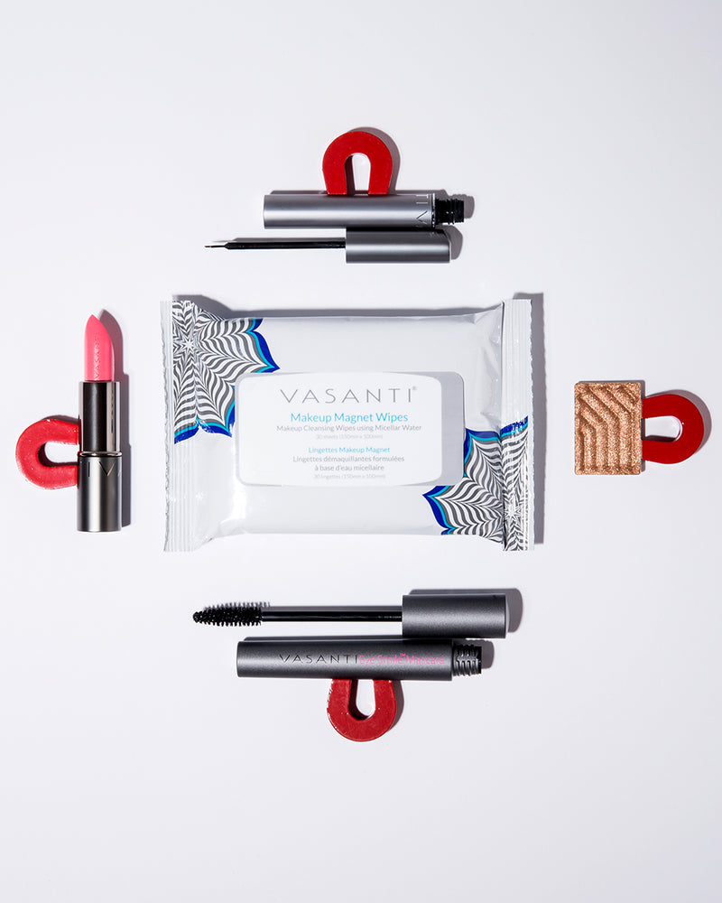 Vasanti Makeup Magnet Wipes - Lifestyle shot