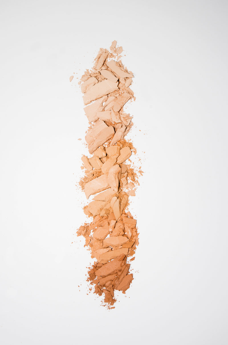 Vasanti Face Base Powder Foundation - Crushed makeup lifestyle shot