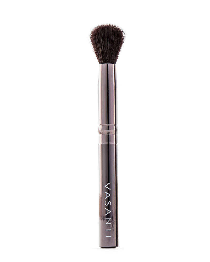 Vasanti Stubby Concealer Buffer Brush - Full Size front shot