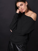 Load image into Gallery viewer, Minnie Rose - Off The Shoulder Pullover