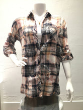 Load image into Gallery viewer, Vintage Plaid Flannel - Band/Music