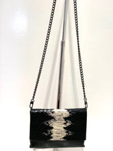 Load image into Gallery viewer, Evoke - Bahama Bag Black/Snake
