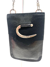 Load image into Gallery viewer, Evoke - Paulina Bag Black/Pony hair/Hook